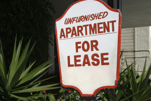 7 Ways to Protect Yourself in an Apartment Lease Agreement