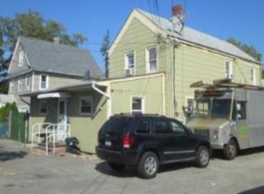 699 Nassau Rd, Uniondale NY, 11553